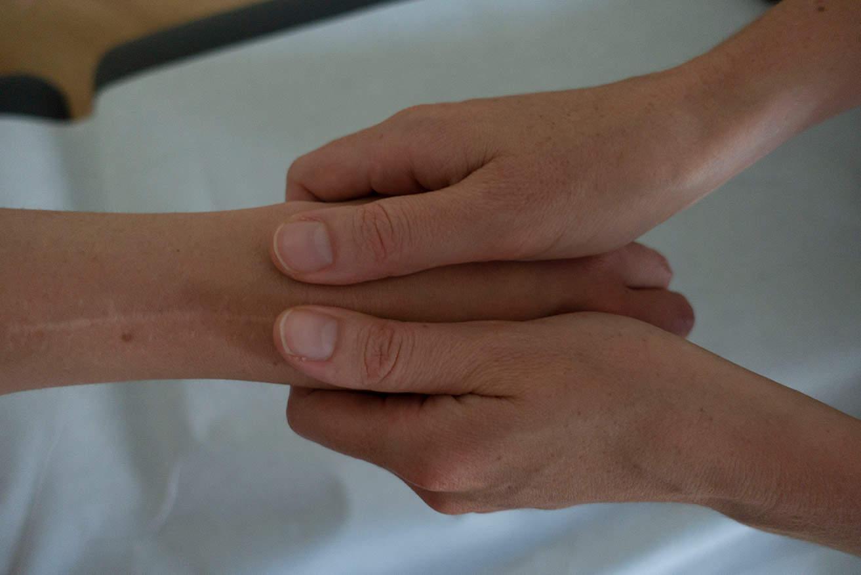 Soins massage main
